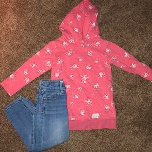 2 piece bundle size 3T jeans and hoodie